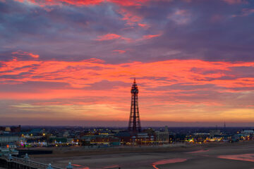 drone-photography-blackpool-in-awe-digital-media-drone-video-lancashire-expert-aerial-photography-m6-giraffe-drone-photography-header